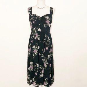 NWT-TORRID- Floral Midi Dress. Size 18